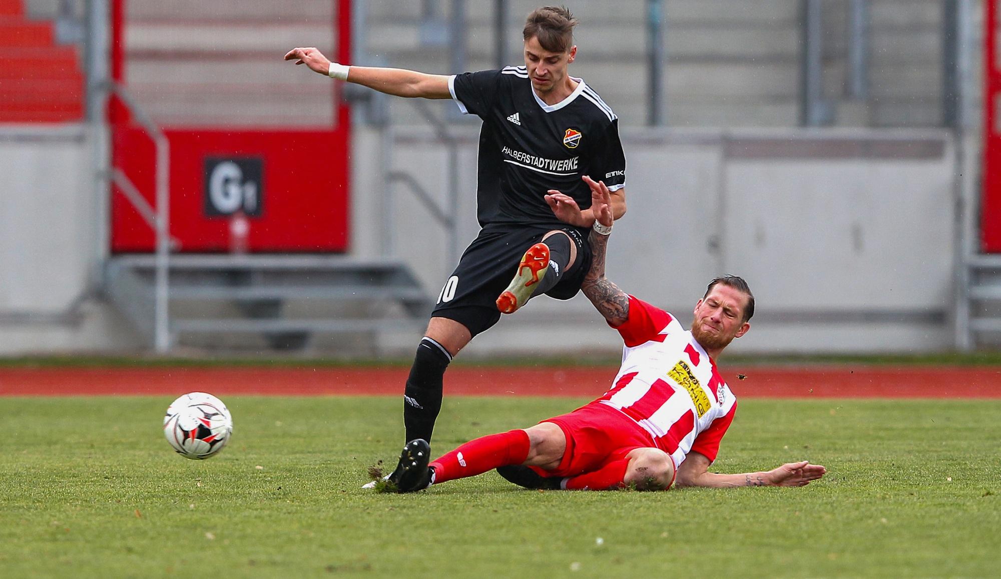 10.2.2019-FC-Rot-Weiss-Erfurt---VfB-Germania-Halberstadt-0-2-(1).jpg