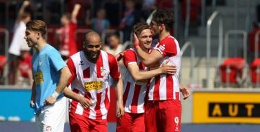 Rot-Weiß Erfurt und Viktoria Berlin trennen sich 2:2 Unentschieden