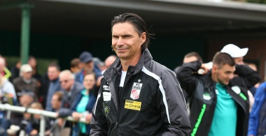 Thomas Brdaric bleibt Cheftrainer des FC Rot-Weiß Erfurt