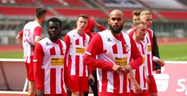 Der FC Rot-Weiß Erfurt unterliegt dem FSV Union Fürstenwalde mit 0:4