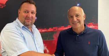 Präsidium des FC Rot-Weiß Erfurt e.V. und Vertreter der FC Rot-Weiß Erfurt Fußball GmbH stimmen sich ab