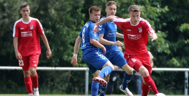 U19 holt Sieg, U17 mit Niederlage