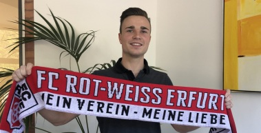 RWE verpflichtet Marcel Bär
