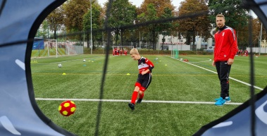 RWE-Fußballschule startet durch